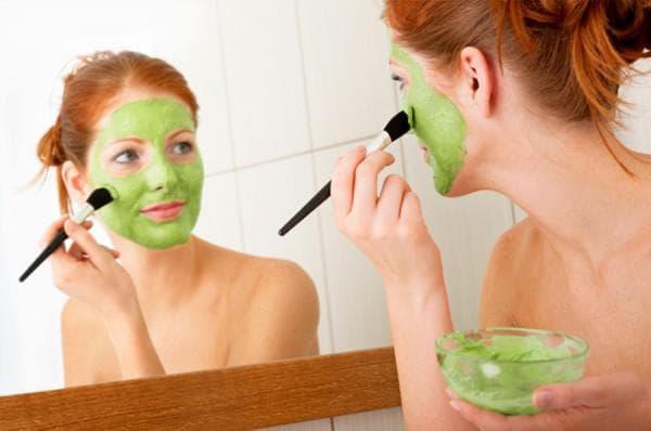 клубнично-огуречная кашка маска для лица