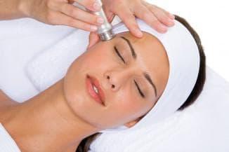 вакуумная чистка лица у косметолога