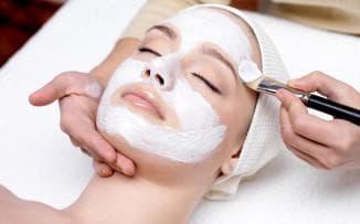 химическая чистка лица у косметолога