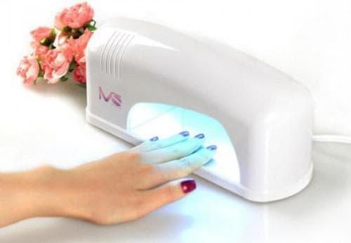 наращивания ногтей гелем Ультрафиолетовая лампа