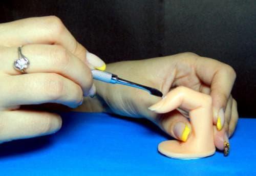 наращивания ногтей гелем Пушер