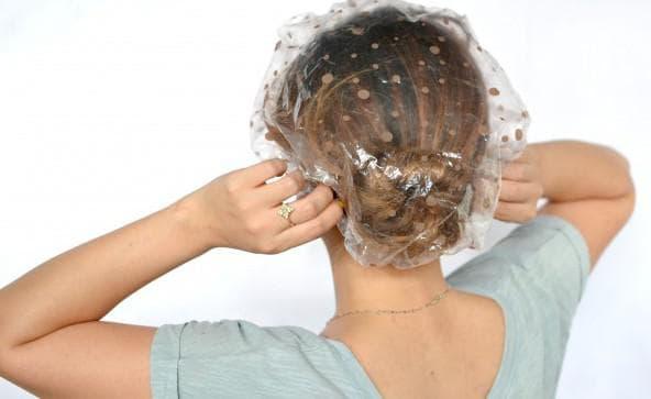 нанесение маски на голову
