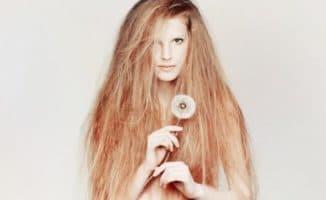 очень сильно секутся волосы по всей длине
