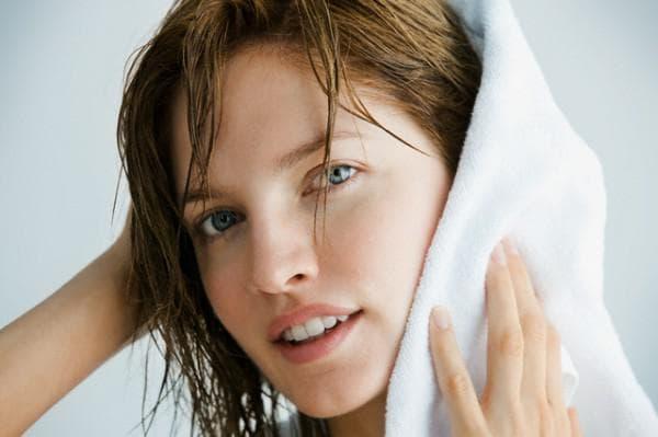 как быстро высушить длинные волосы без фена
