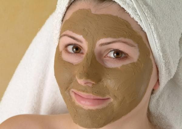 маска для лица с корицей и глиной