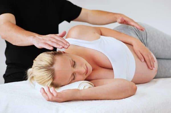 массаж поясницы у беременной