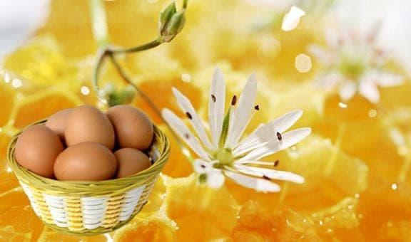 маска из меда и яйцом для лица от прыщей