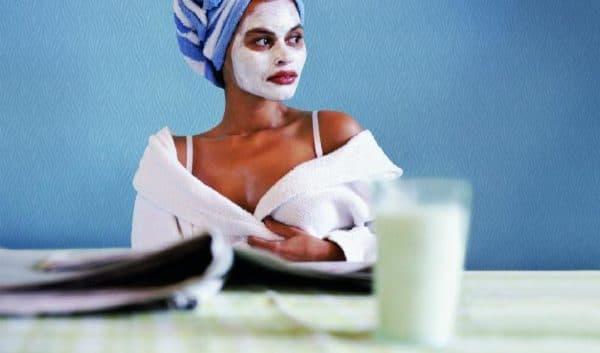 отбеливающая маска для лица с кефиром