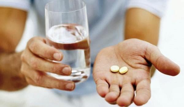 Прием медикаментов -как следствие появление прыщей