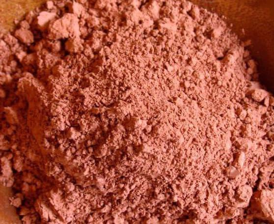 красная глина от жировиков