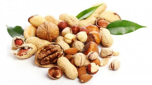 грецкие орехи - влияет на появление прыщей
