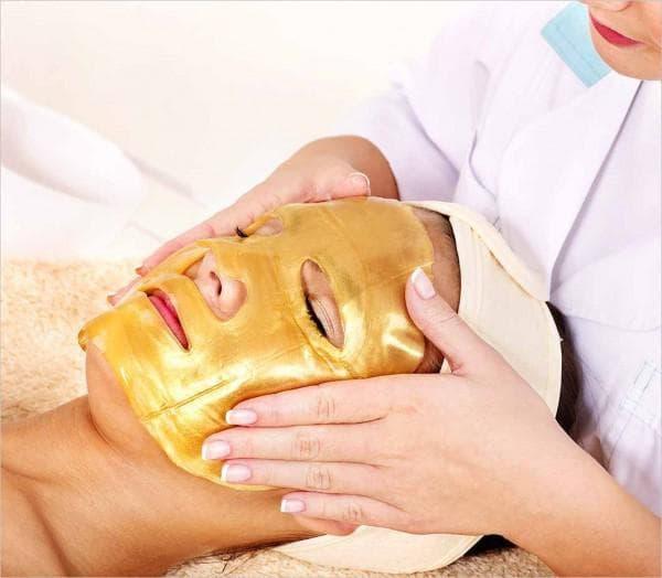 маска жёлтого цвета