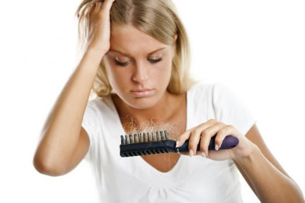 выпадение и нарушение роста волос