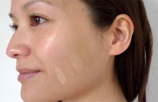излишек крема на лице