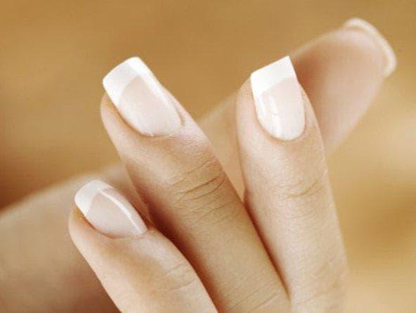некачественный лак для ногтей