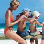 Как правильно выбрать солнцезащитный крем для ребенка