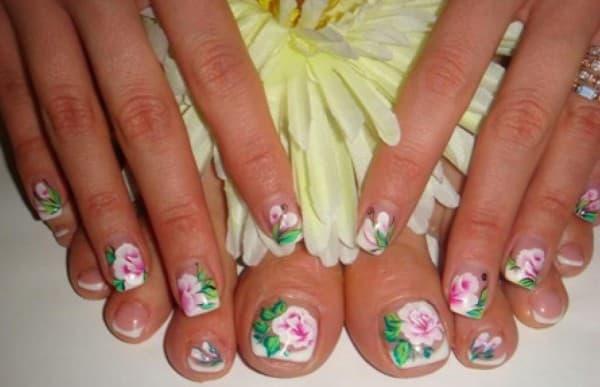 китайская роспись на ногтях ног