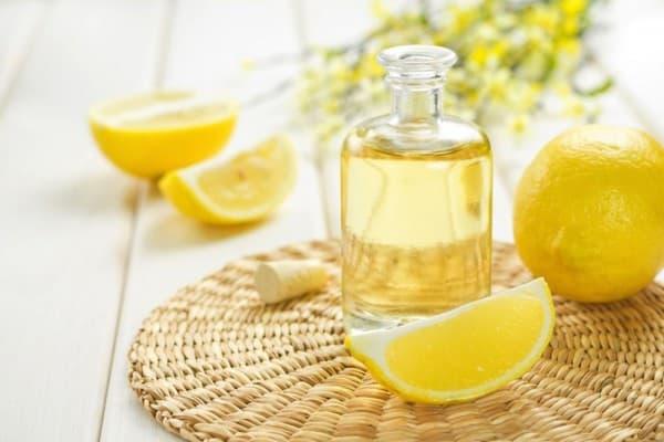 растительное масло и цедра лимона для ног