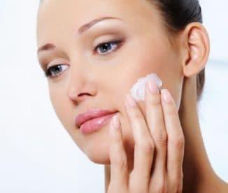 увлажнение жирной кожи лица